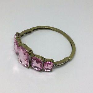 Pink stretchy bracelet